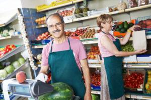 Обязательна ли касса торговцам на рынке?